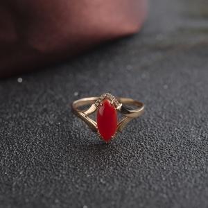 18K阿卡牛血红珊瑚马眼形戒指