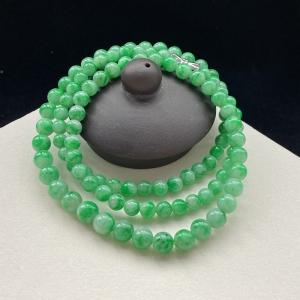 糯种豆绿翡翠圆珠项链