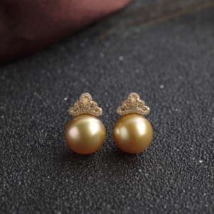 18K海水金色珍珠耳钉