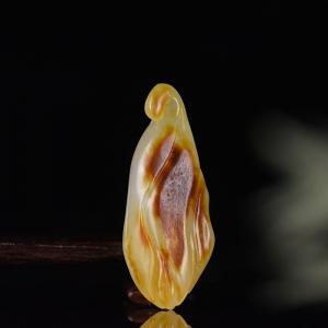 籽料和田白玉玉兰花吊坠