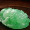 天然糯冰種翠綠翡翠-紅掌柜