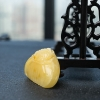 鸡油黄蜜蜡牡丹花梳子吊坠-红掌柜