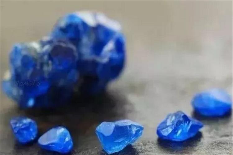 如何挑选尖晶石