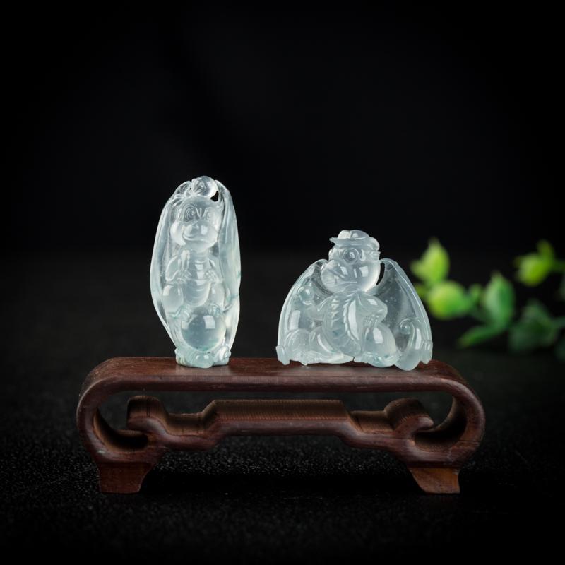还不会辨别翡翠的玻璃种、冰种和糯种?记住这一点就够了