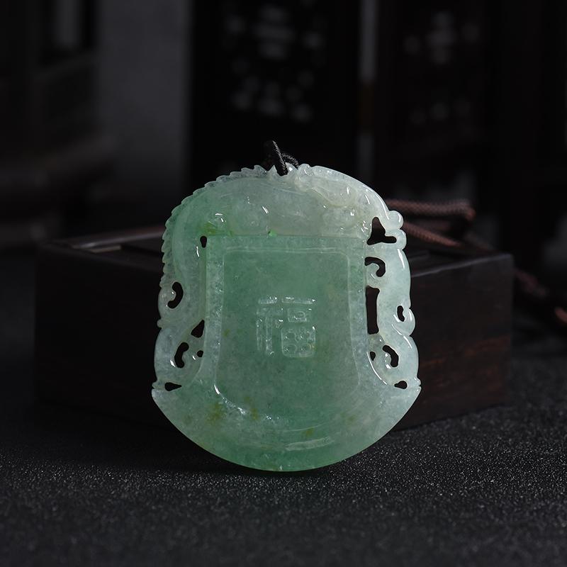 緬甸A貨天然糯冰種淺綠翡翠府上有龍吊墜 - 紅掌柜