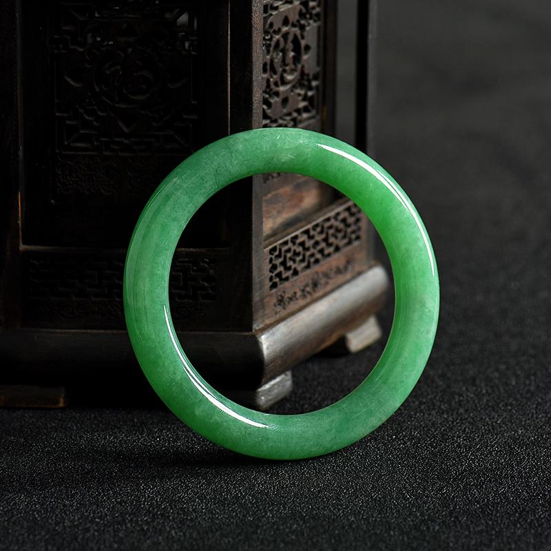 天然糯种翠绿翡翠手镯-红掌柜