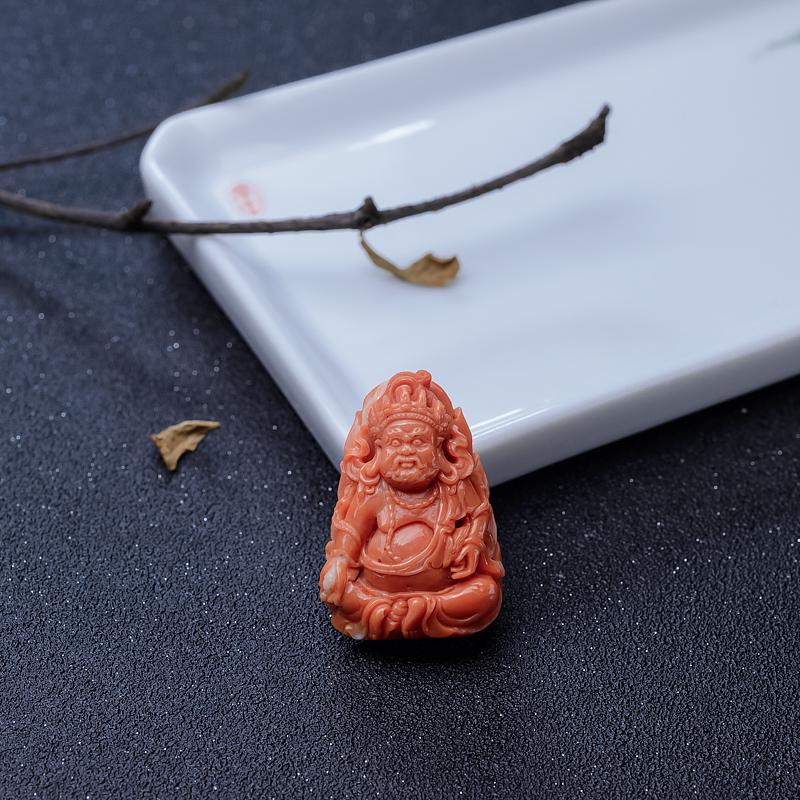 MOMO橘色珊瑚黄财神吊坠-红掌柜