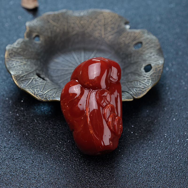 日本天然牛血红珊瑚佛吊坠-红掌柜