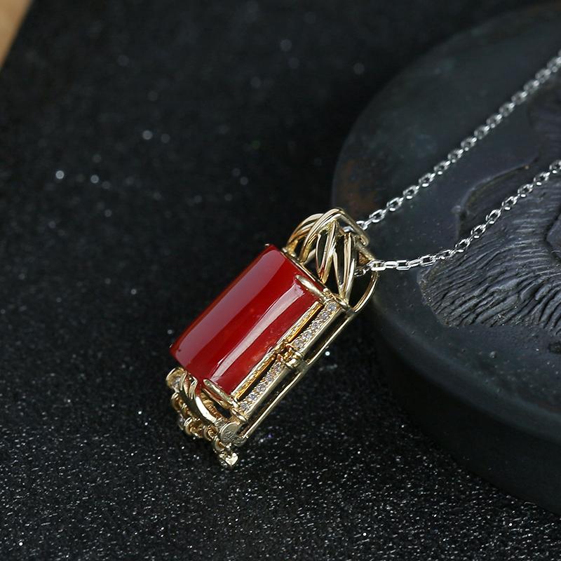 金镶钻日本阿卡红珊瑚吊坠-红掌柜