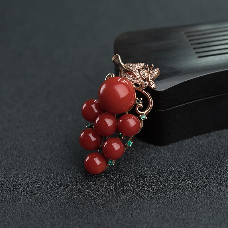 18K金镶钻天然阿卡正红珊瑚葡萄吊坠-红掌柜