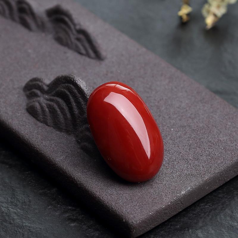 天然阿卡正红珊瑚蛋面形戒面-红掌柜