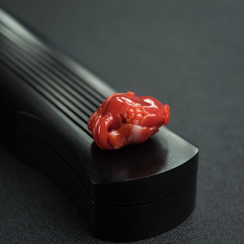 天然阿卡朱红珊瑚如意吊坠-红掌柜
