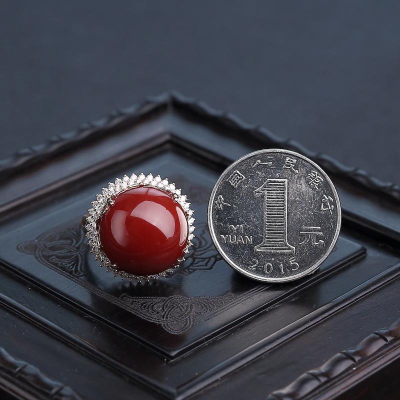18K金镶钻阿卡黑红珊瑚戒指-红掌柜