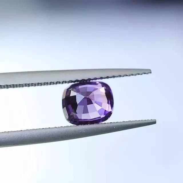 薰衣草紫色蓝宝石-红掌柜