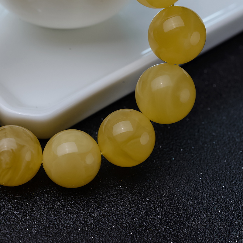17.5mm波罗的海鸡油黄蜜蜡单圈手串-红掌柜