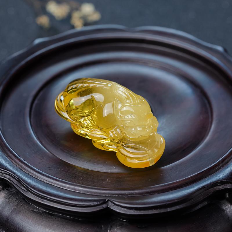 带皮鸡油黄金绞蜜貔貅吊坠-红掌柜