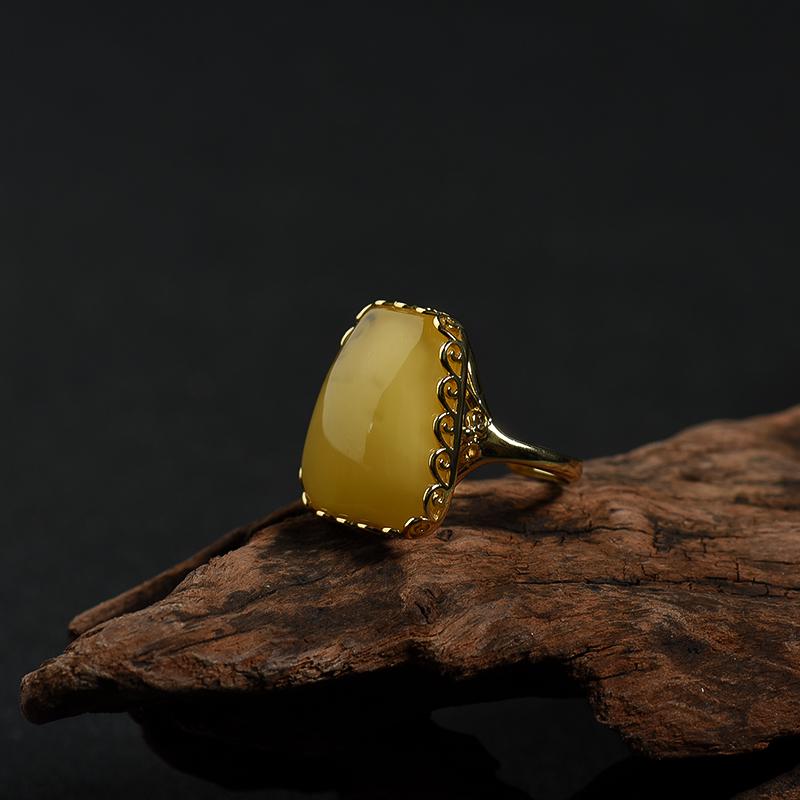 波罗的海天然鸡油黄蜜蜡戒指-红掌柜