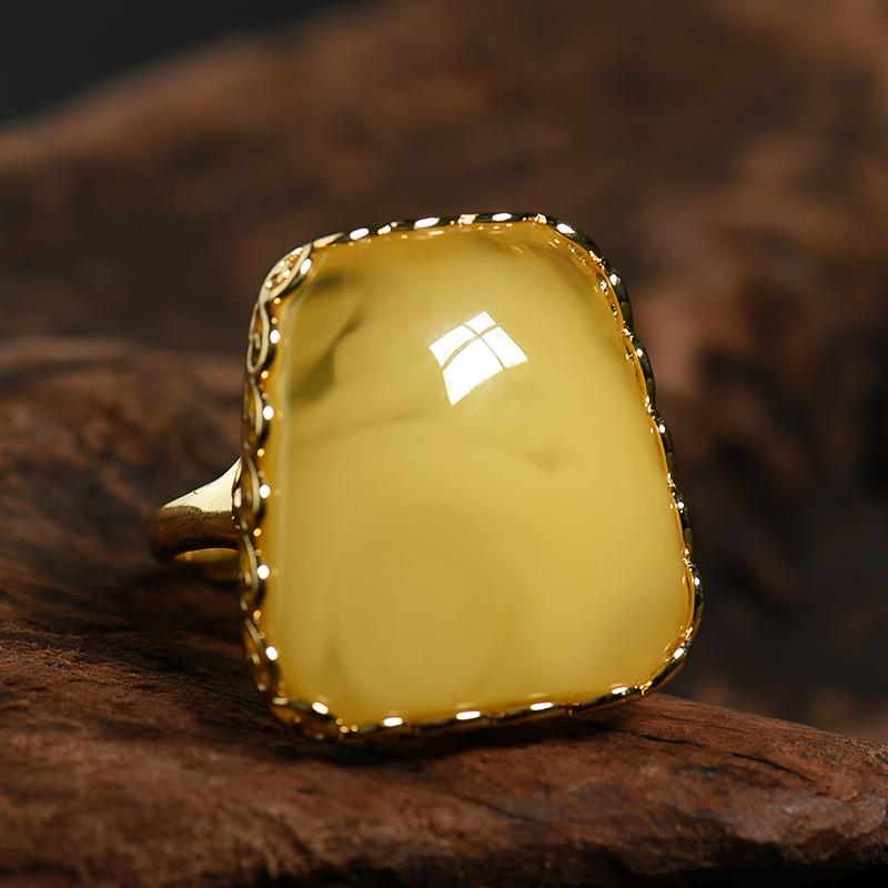 天然鸡油黄蜜蜡戒指-红掌柜