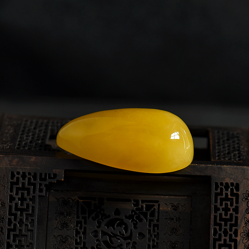 波罗的海天然鸡油黄蜜蜡吊坠-红掌柜