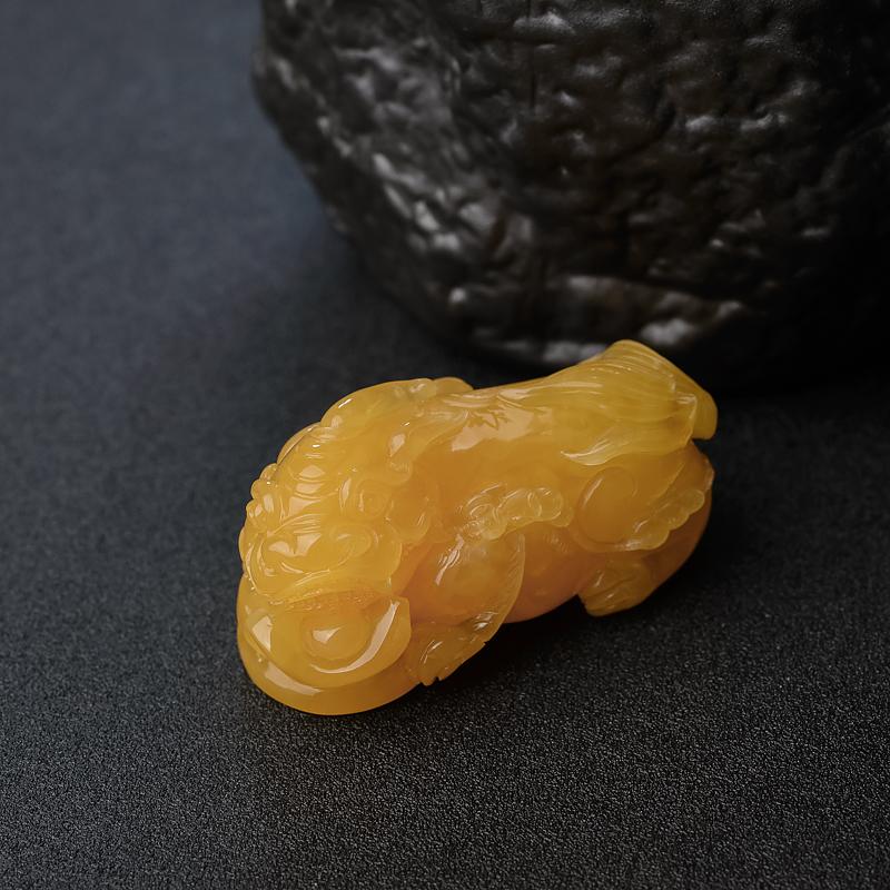雞油黃蜜蠟貔貅吊墜-紅掌柜