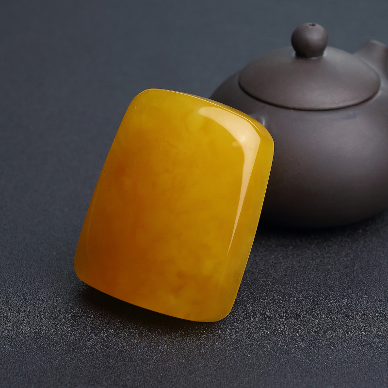 波羅的海雞油黃蜜蠟無事牌吊墜-紅掌柜
