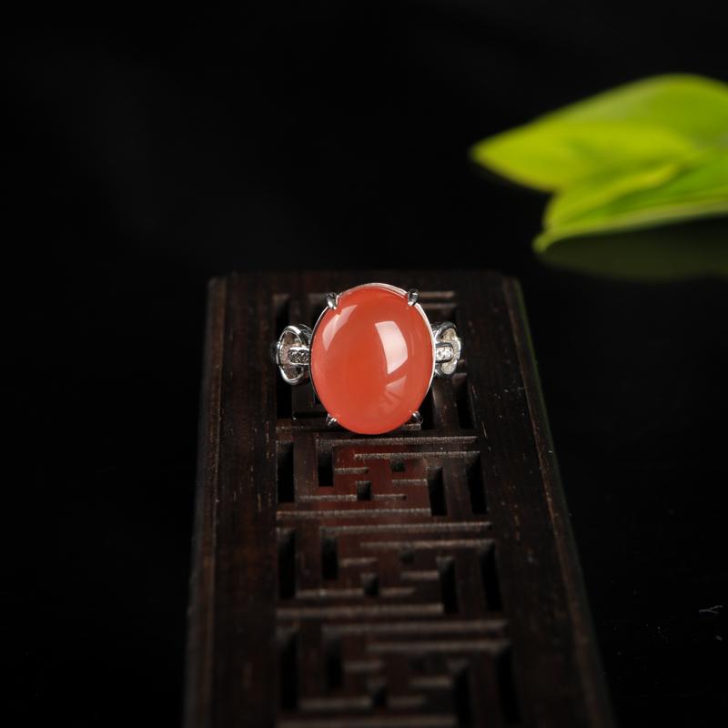 银镶天然川料樱桃红南红戒指-红掌柜