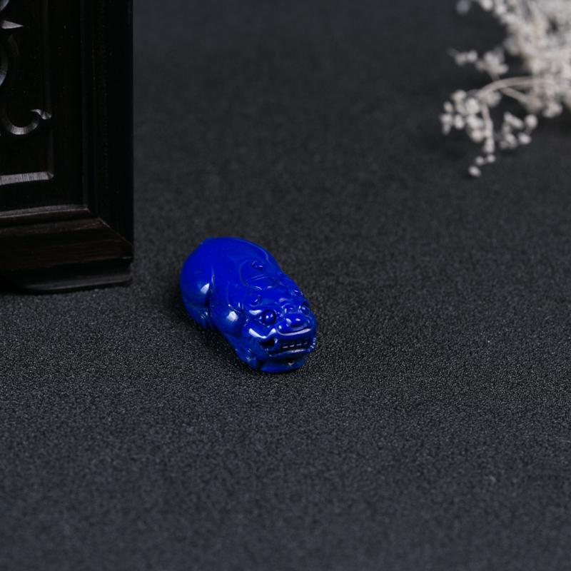 深蓝色青金石貔貅吊坠-红掌柜